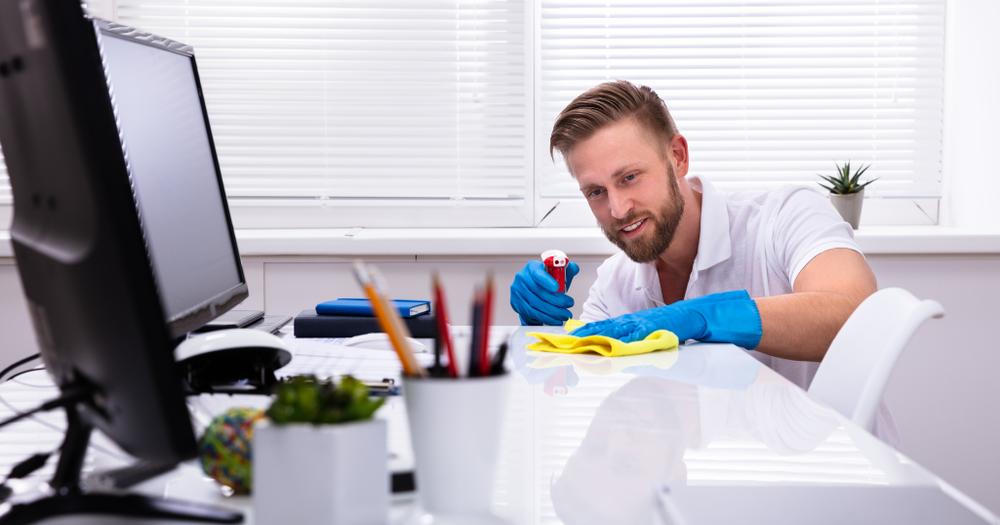 Une société de nettoyage pour des locaux de bureaux propres
