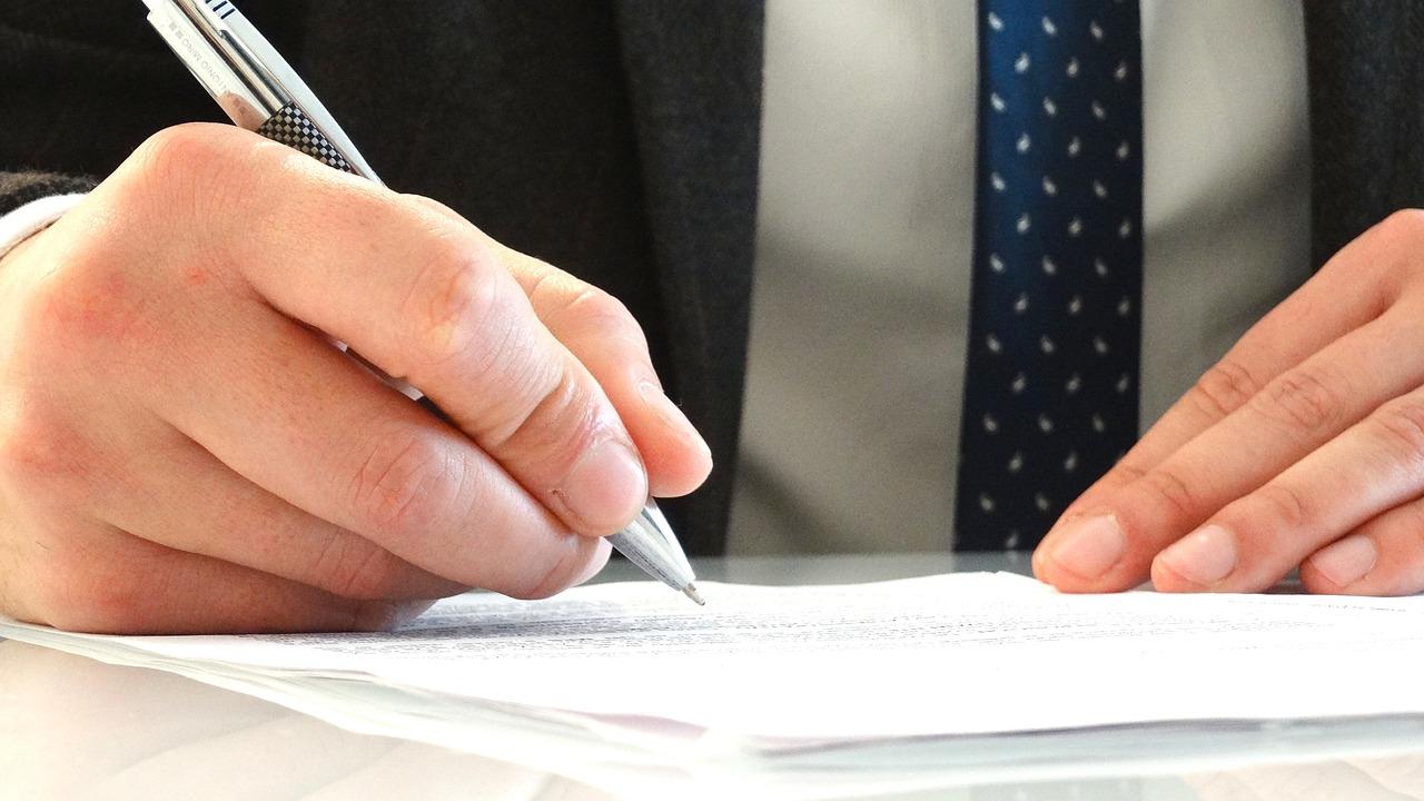Pourquoi miser sur un service juridique en ligne?